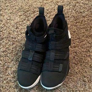 Men's LeBron basketball shoes